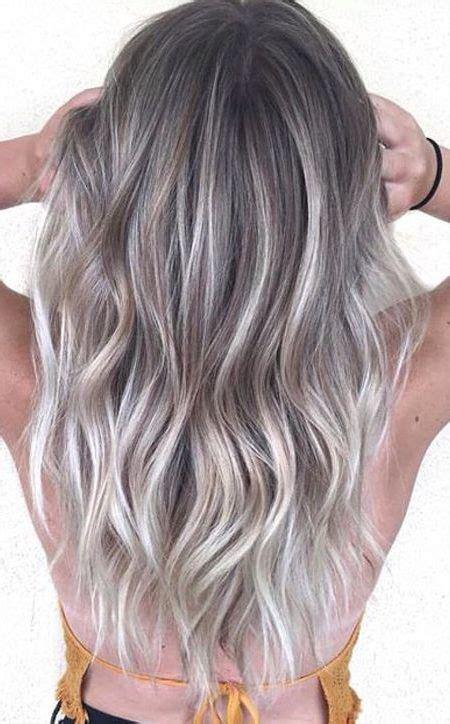 haarfarbe grau silber farben pony frisur