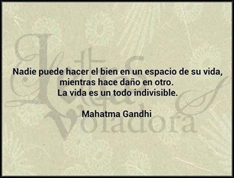 gandhi biography en español nadie puede hacer el bien en un espacio de su vida
