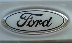 deteriorating rear ford badge interior exterior focus
