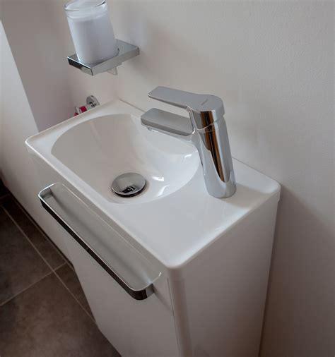 Toilette Und Waschbecken by G 228 Ste Wc Waschbecken F 252 R Schmale Toilette