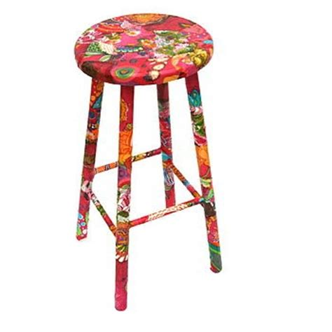 Decoupage Stool - 1000 images about decoupage stool on fabric