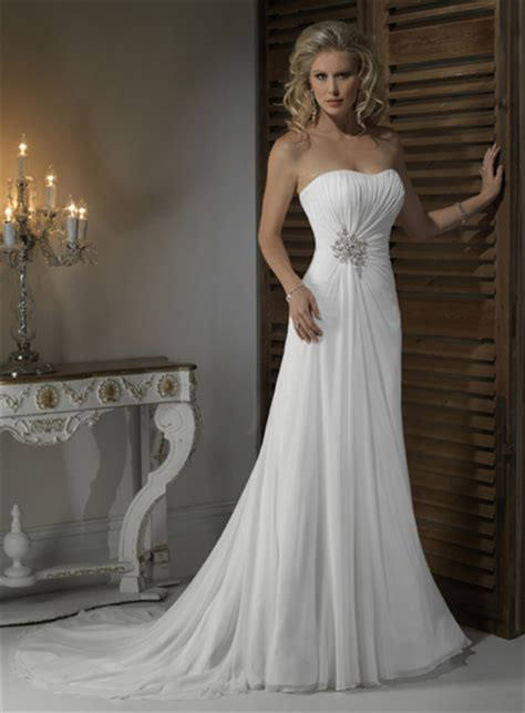 gorgeous strapless a line chapel train bridal gowns make