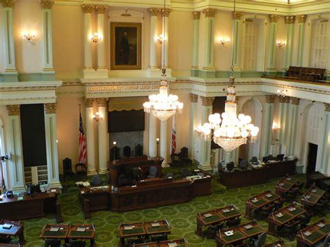 california state legislature file california state assembly room p1080879 jpg
