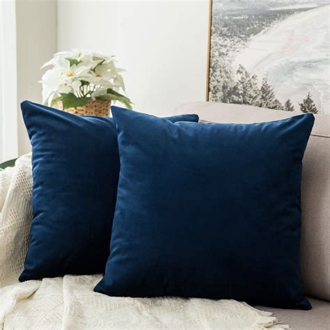 large square pillows for bed the perfect farmhouse bed in 6 simple steps the