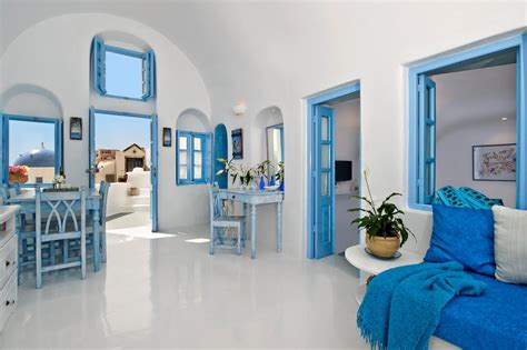 2 Bedroom House by Island Breeze Villa In Santorini