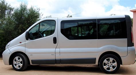 nissan primastar 9 seater manual car hire in crete