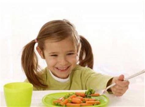 membuat anak jadi nafsu makan vitamin anak untuk menambah nafsu makan clover jelly