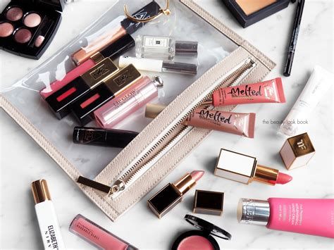 Inside My Makeup Bag by What S Inside My Makeup Bag The Look Book