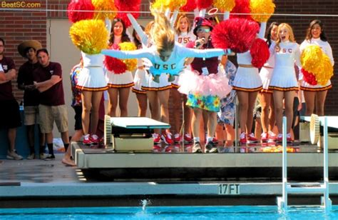 swim with mike usc cheerleaders 2016 a million way to dive in the we t the trojan haters club