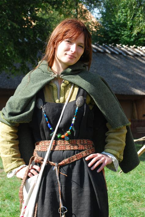 how to make a viking dress by stelari on deviantart