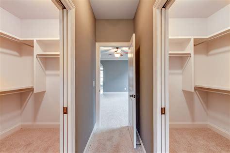 Walk In Closet Doors Separate Walk In Closets W Pocket Doors House Construction Plans