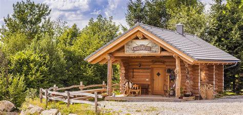 Vollstammhaus Preise by Trail End Saloon