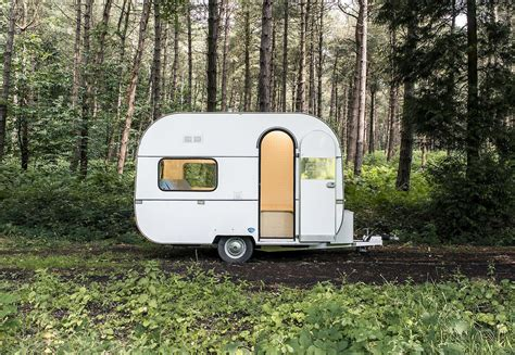 office for mobile 6 fab mobile offices let you ditch the cubicle for the