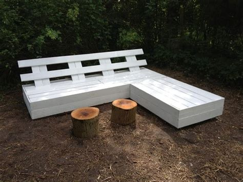 pallet benches 10 pallet bench for your backyard pallet furniture plans