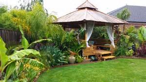 backyard gardens daniel s tropical garden in australia gardening