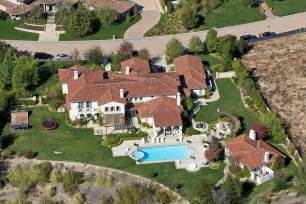 homes for in calabasas california khloe buys a new home from justin bieber