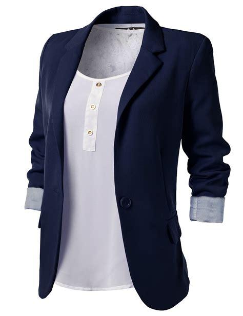 Blazer Salur List Black top 5 wardrobe essentials you should in your closets