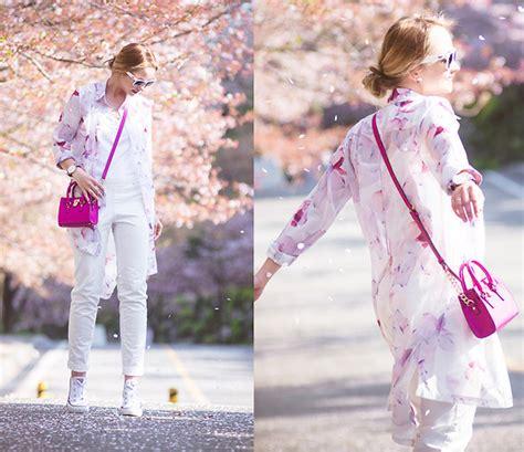 Misel Blouse Sweater Blue Misel Blose olga choi oasap floral blose petals lookbook