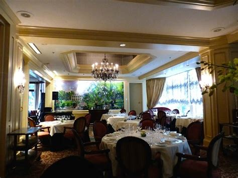 court grill room grill room restaurant picture of court hotel new orleans tripadvisor