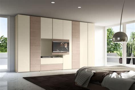 armadio con spazio tv armadio con porta tv estraibile gola napol arredamenti