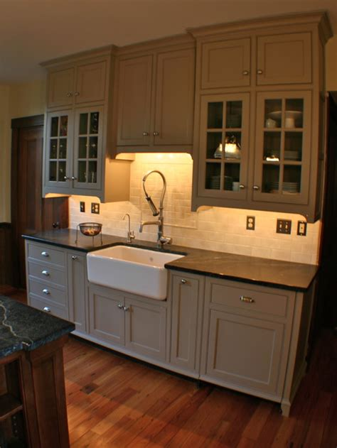 revere pewter kitchen cabinets what wall color with revere pewter cabinets