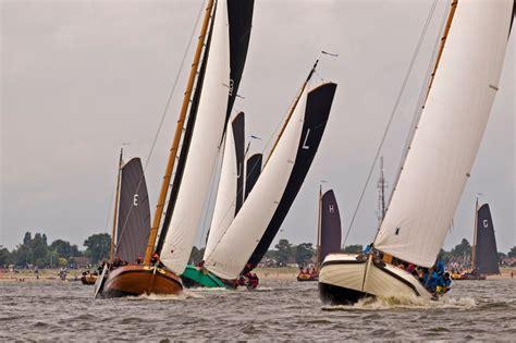 rond en platbodem oudega 102 best rond en platbodem images on pinterest sailing