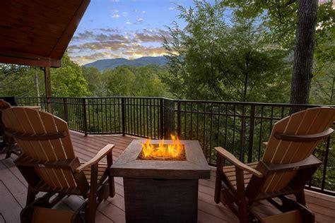 cheap 1 bedroom cabins in gatlinburg tn luxury honeymoon cabins tn cabins with indoor pool theater room dovava com