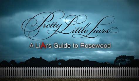 Guide pratique du mensonge à Rosewood | Wiki Pretty Little ... Emily Fields Pretty Little Liars