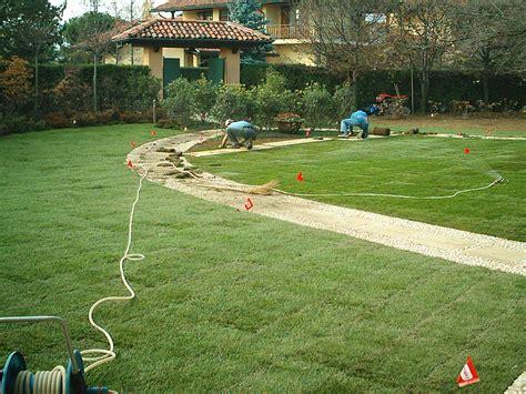 concimazione tappeto erboso giardini le alpi biella