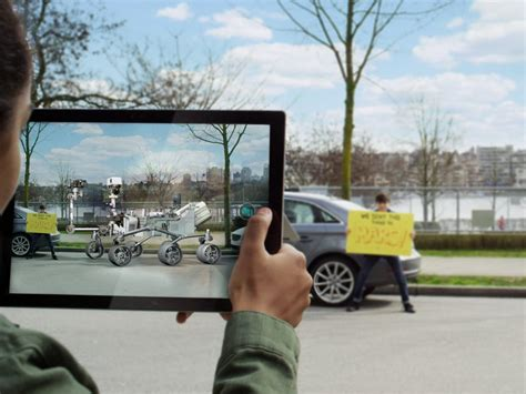 window technology microsoft s view 3d app will support quot magic window