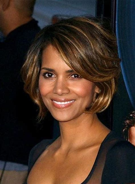 Halle Berry Short Hair   The Best Short Hairstyles for