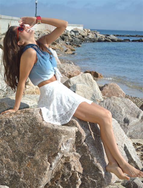 White Summer Skirt   Pumps & Iron