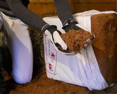 lettiere per cavalli lettiera in cocco per box cavalli acquista subito