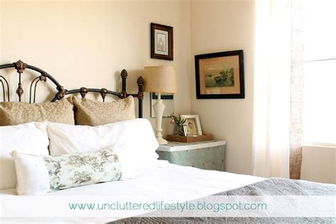 Bedroom Decorating Ideas Wrought Iron Bed Small Bedroom Makeover Wrought Iron Bed Decorating