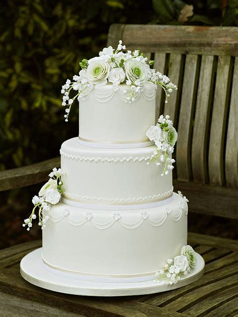 Robin 3 Tier Piped Wedding 1000 Images About Of The Valley Wedding Ideas On