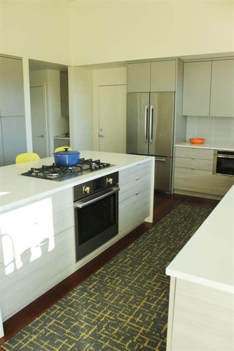 Karpet Hias cara hias dapur tanpa membazir ruang countertop kabinet