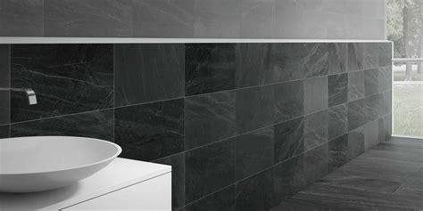 fliesen in steinoptik für dusche idee badezimmer anthrazit