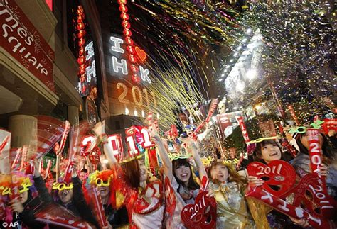 new year celebration how does it last netflix reveals on demand nye countdown parents can use to