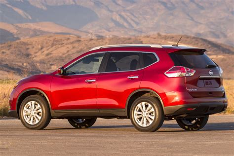 Hyundai Vs Nissan by 2017 Hyundai Santa Fe Sport Vs Nissan Rogue Sport Autos Post