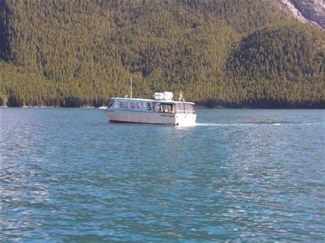 lake minnewanka boat cruise boat picture of lake minnewanka banff tripadvisor