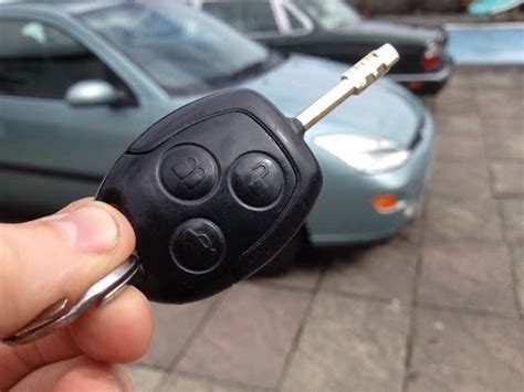 resetting key fob ford focus how to change ford keyless remote key battery focus k