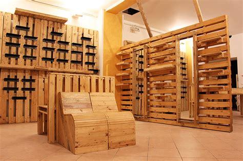 scaffali espositori per negozi espositori negozi abbigliamento oc05 187 regardsdefemmes