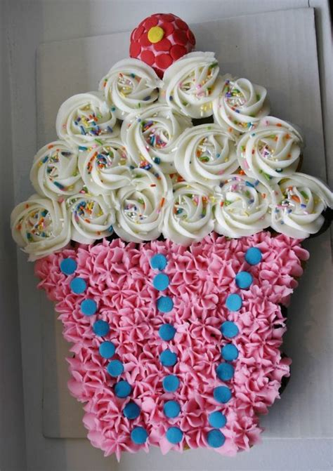 cupcake birthday cake best birthday cupcake cakes pull apart cake ideas