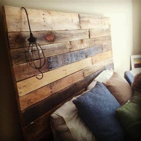 Pallet Furniture Headboard by Diy Reclaimed Pallet Headboard Pallet Furniture Plans