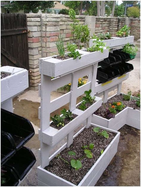 Pallet Garden Decor with 5 Awesome Ideas To Use Pallets For Garden Decor