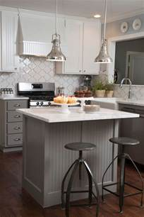 small kitchen layouts with island 25 best small kitchen islands ideas on small