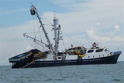 fishing boat tuna tuna fishing boat fishing boatbluefin tuna japantuna