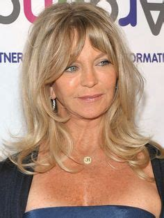 medium lenght hairstyles that you can still pull up in a pony tail 1000 images about goldie hawn on pinterest goldie hawn