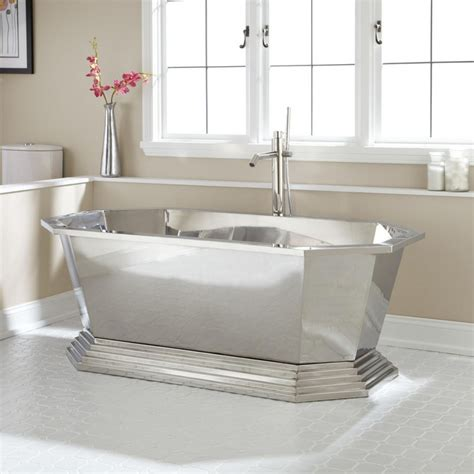 Best Material For Bathtubs 7 Awesome Tub Materials For Luxury Bathrooms Maison