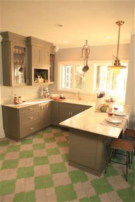 genevieve gorder kitchen designs 1000 images about genevieve gorder on genevieve gorder metal vase and mirror collage